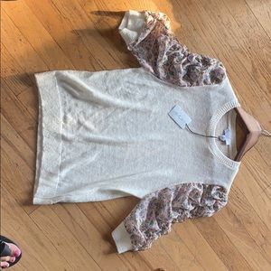 NWT Current Air Ruffle Floral Sleeved Sweater XS
